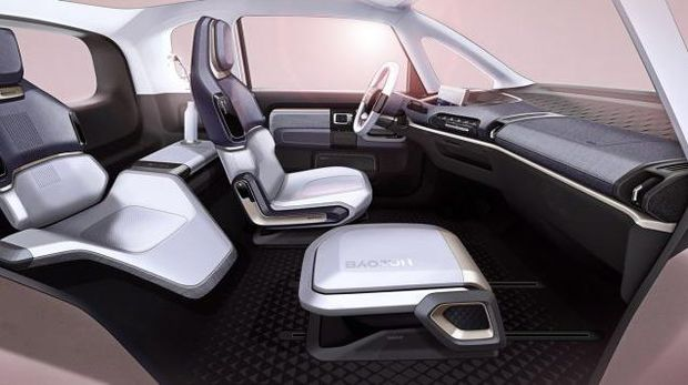 E300, mobil listrik Wuling meluncur di China