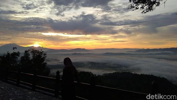 Objek wisata yang terletak di sisi utara Kabupaten Gunungkidul, DIY ini memiliki daya tarik tersendiri bagi wisatawan (Kristina/detikcom)