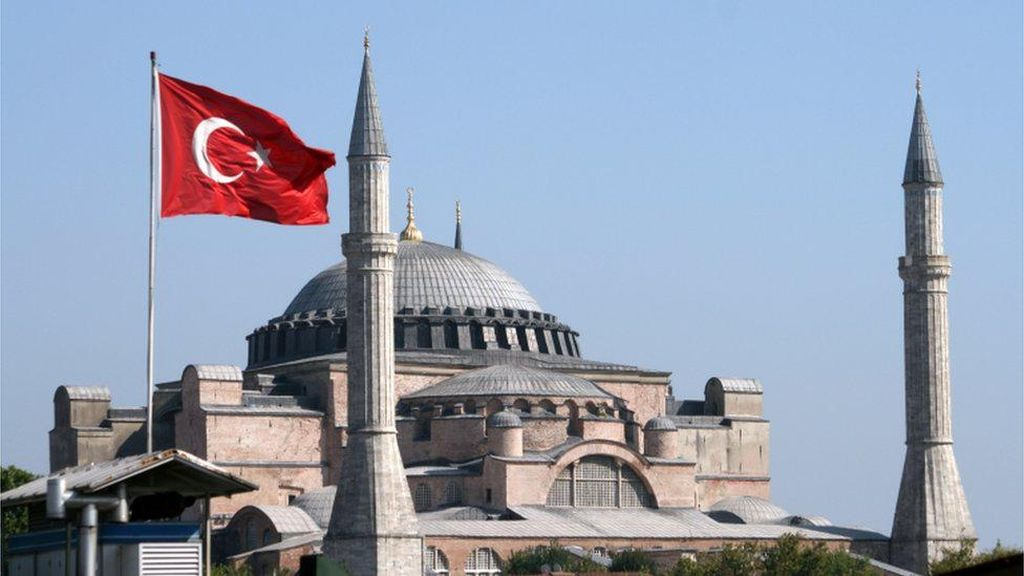 Museum atau Masjid? Debat Soal Hagia Sophia Menghangat di Turki