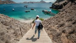 Pulihkan Pariwisata, Kemenparekraf Fokus Genjot Wisatawan Lokal