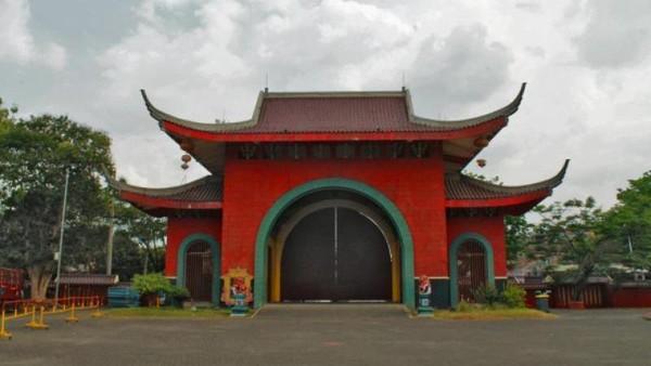 Selanjutnya wilayah Solo Raya. Bangunan bersejarah Klenteng Sam Poo Kong tidak boleh dilewatkan saat berlibur di Solo. sekaranglc/dTraveler