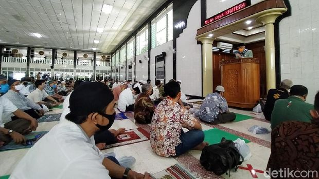 masjid al falah akhirnya gelar salat jumat