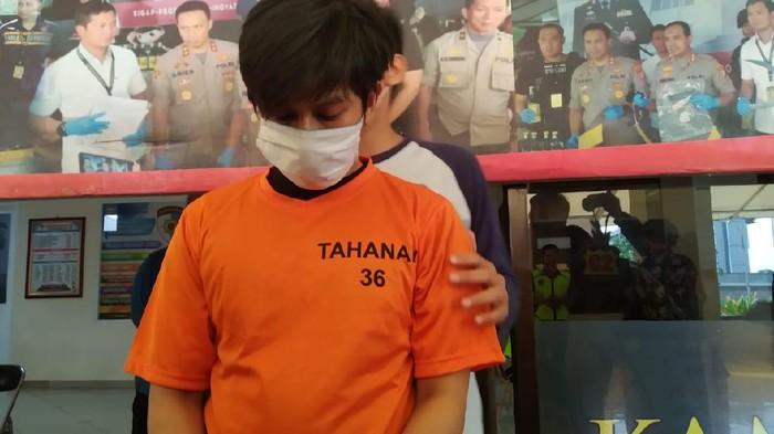 Polisi rilis eks pegawai starbucks intip payudara pelanggan