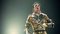 Penyanyi yang dijuluki King of Pop itu meninggal lantaran overdosis.