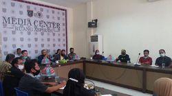 Anaknya Terganjal Aturan Zonasi PPDB, Puluhan Ortu di Polman Ngadu ke DPRD