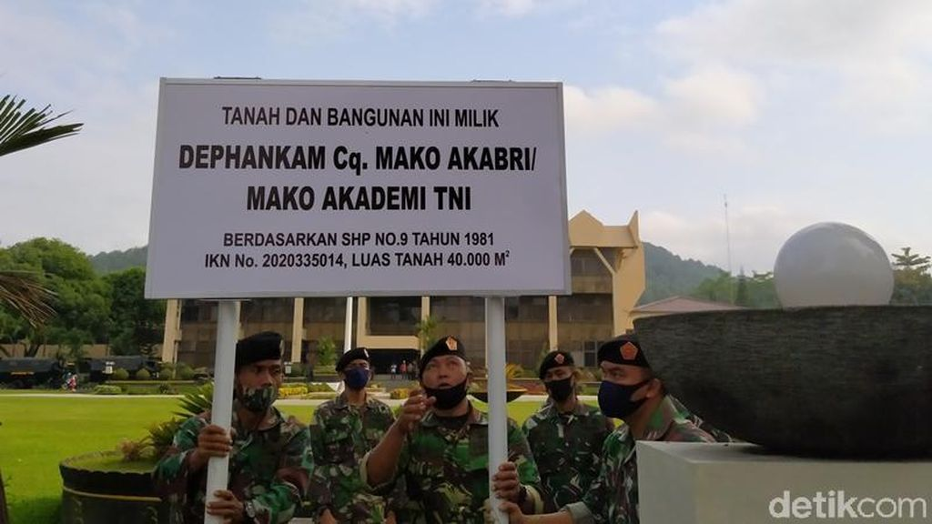 Kompleks Kantor Pemkot-DPRD Kota Magelang Dipasangi Patok TNI, Ada Apa?
