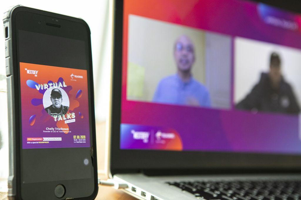 Telkomsel mendorong komunitas startup dan penggiat ekosistem digital untuk terus berinovasi menghadapi era new normal. The Nextdev Hub Virtual Talks pun menjadi obat penawarnya di tengah terjangan pandemi COVID-19.
