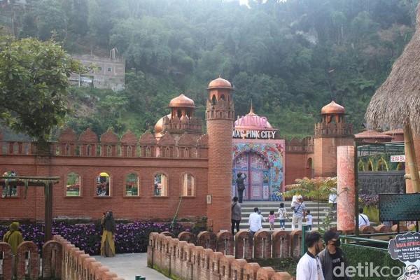 Di India, wisatawan akan melihat miniatur Jaipur yang merupakan kota terbesar di Rajasthan. (Foto: Putu Intan/detikcom)