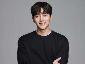 Ji Chang Wook dan 3 Aktor Korea yang Positif COVID-19 di 2021