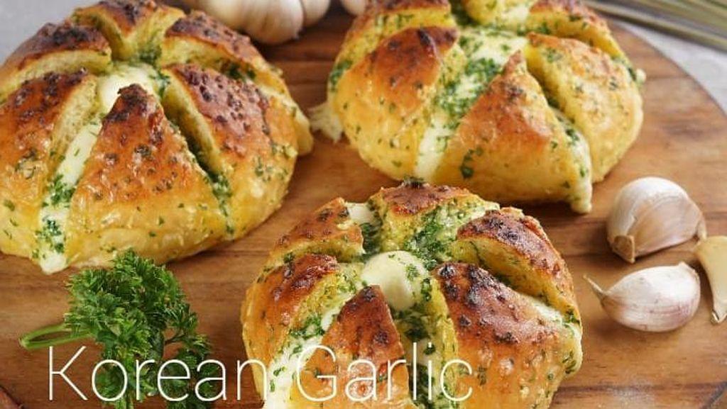 Tips Bikin Korean Garlic Cheese Bread yang Viral dari Yongki Gunawan