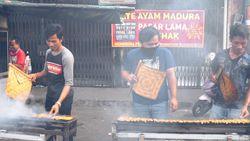 Cicip Sate Ayam Legendaris H Ishak di Pasar Lama Tangerang