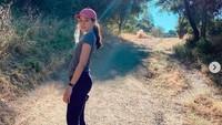 Maudy Ayunda Bikin Heboh saat Live Instagram, Ibunda Buka Suara