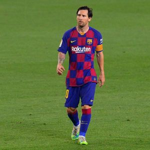 Lionel Messi Tak Akan Pergi dari Barcelona