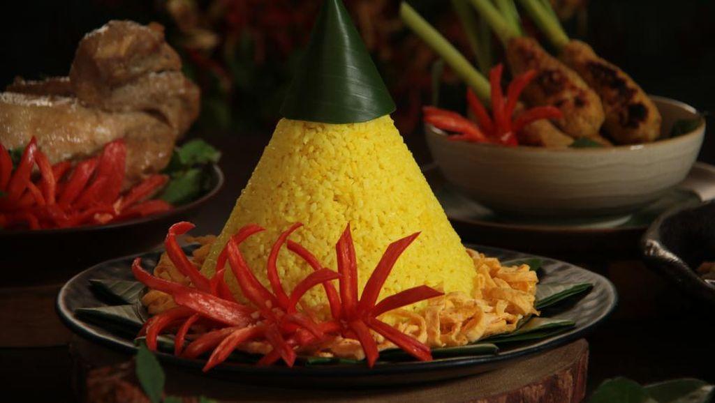 Makna Mendalam di Balik Sajian Nasi Kuning yang Menggoda