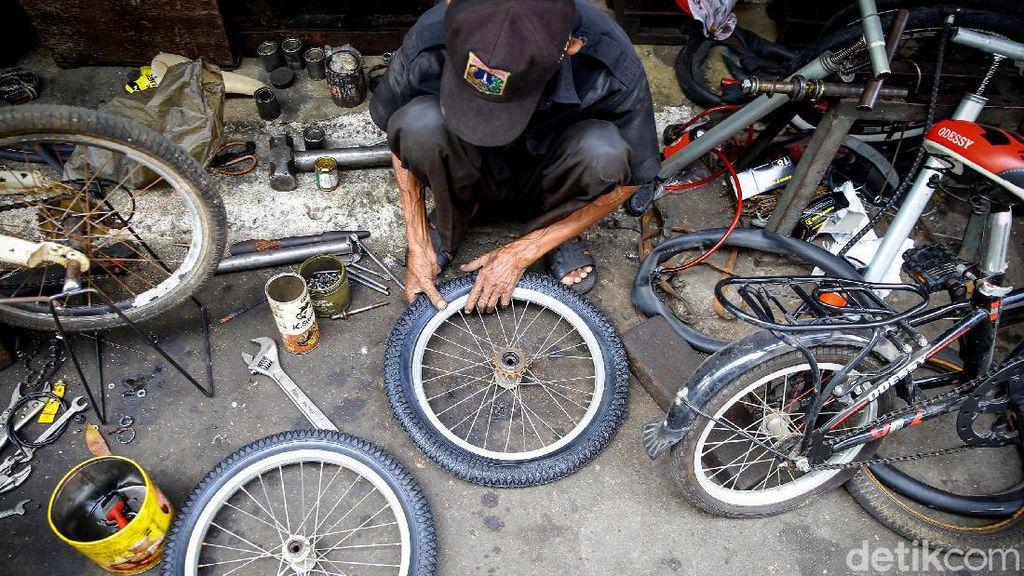 Omzet Bengkel Sepeda Masih Meroket Lho