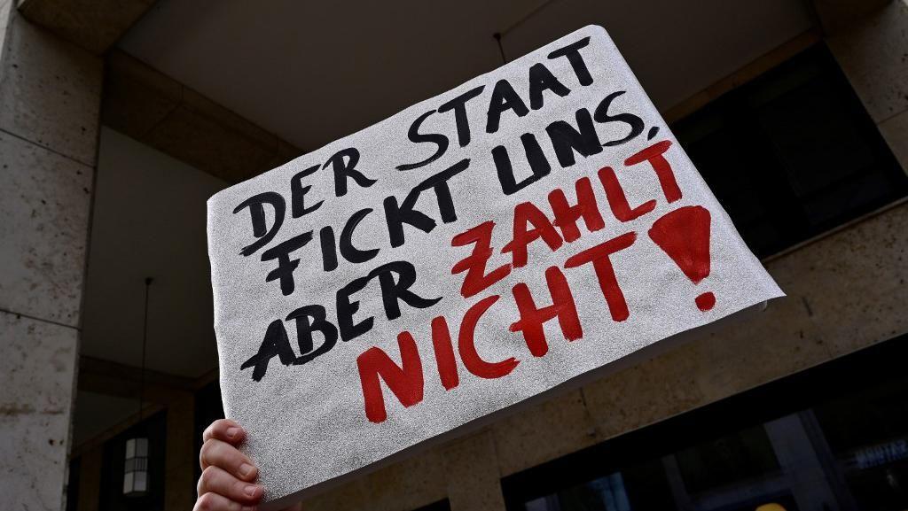 Rumah Bordil Tutup Imbas Corona, Puluhan PSK di Berlin Gelar Demo