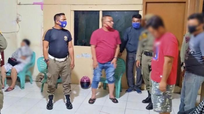 4 pasangan mesum di Padang diamankan satpol PP. (Foto: Istimewa)