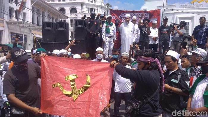 Apel ganyang komunis di Medan