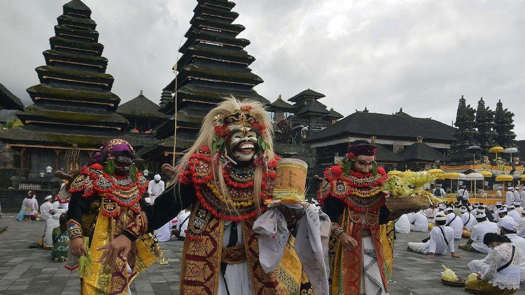 Bali Bersiap Sambut New Normal Lewat Upacara Pamahayu Jagat