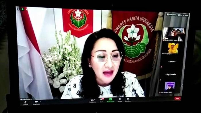 Kowani mendorong DPR agar segera membahas RUU Perlindungan Pembantu Rumah Tangga menjadi UU. RUU itu diketahui telah diajukan sejak tahun 2004.