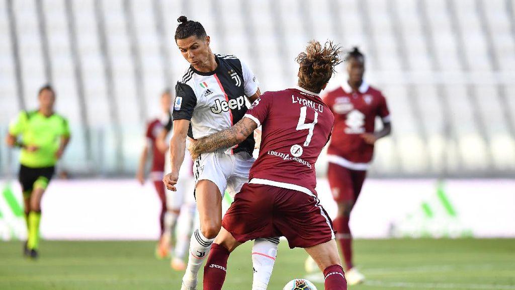 Juventus Vs Torino: Bianconeri Libas Il Toro di Derby della Mole