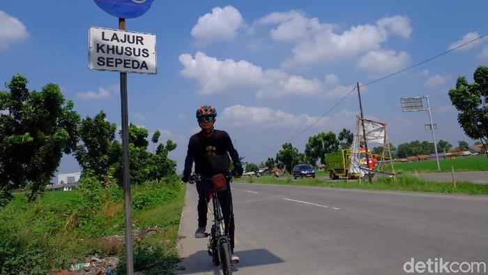 Pesepeda di Karawang