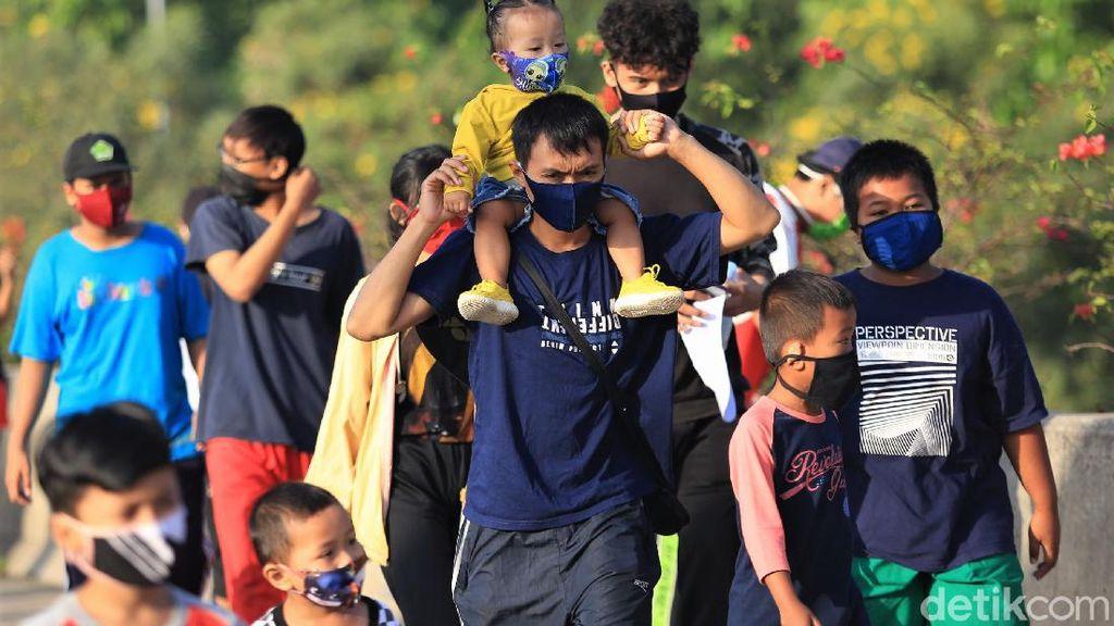 Potret Anak-anak di CFD Bekasi