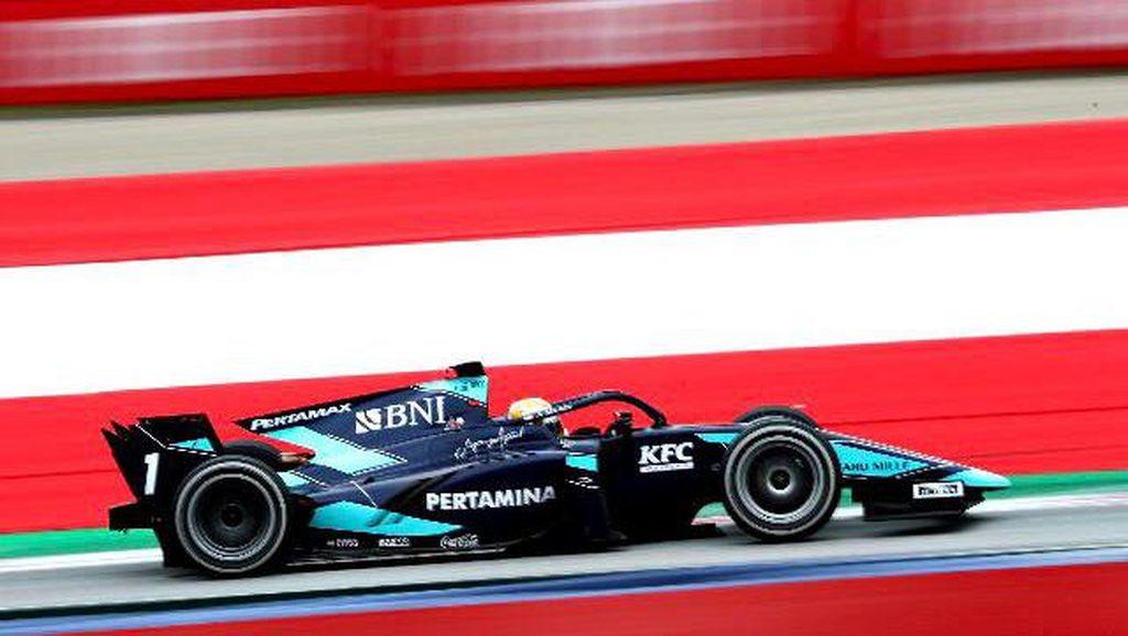 Mobil Masalah, Sean Gelael Gagal Finis di Feature Race F2 Austria