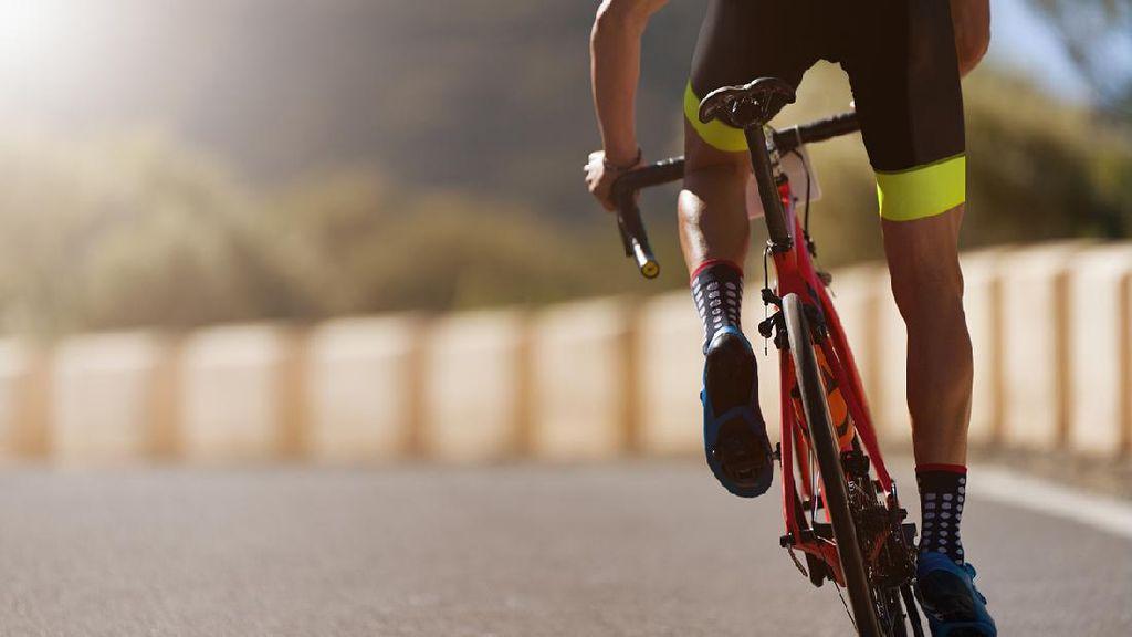 Viral Pesepeda Naik JLNT Antasari, Samakah Aturan Gowes untuk Olahraga?