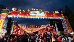 Foto: Melihat Lagi Meriahnya Tahun Baru China di Solo