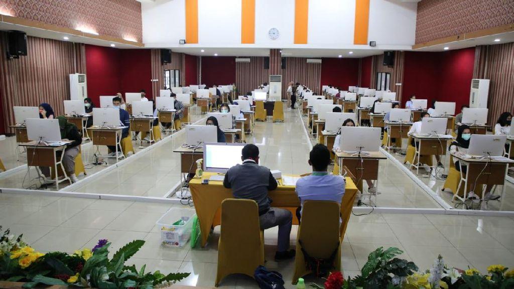 UTBK Hari Pertama di UPNVJ: 2 Peserta Salah Alamat