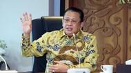 Penjelasan Ketua MPR soal Usulan Senjata Api untuk Warga Sipil