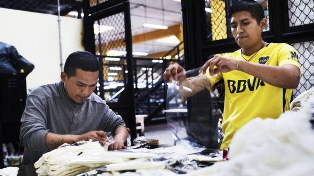 Dari Balik Jeruji, Napi Produksi Pakaian yang Hasilnya Dikirim ke Keluarga