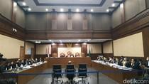 Sidang Korupsi Jiwasraya, Dirut Bicara Eks Direktur Keuangan Terima Mobil