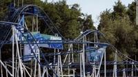 Jatuh dari Roller Coaster, Wanita Muda Meninggal