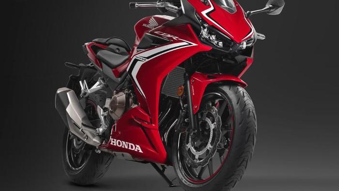 Honda meluncurkan CBR400R 2020 di Jepang.