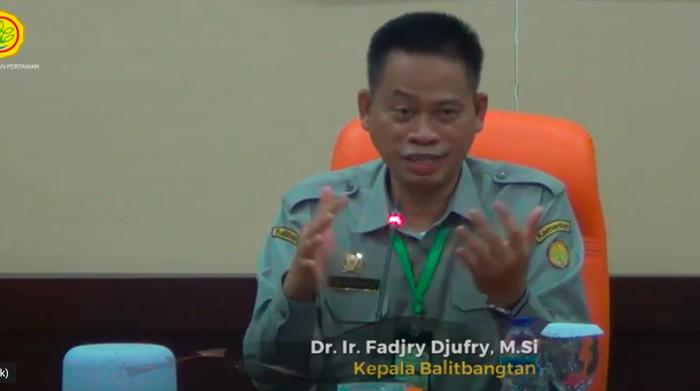 Kepala Balitbangtan Fadjry Djufry