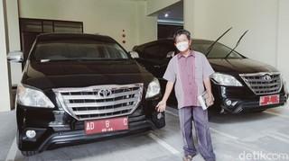 Kisah Kasmuri, 22 Tahun Jadi Pembuat Pelat Mobil Dinas Pejabat