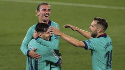 Pelayan Itu Bernama Lionel Messi