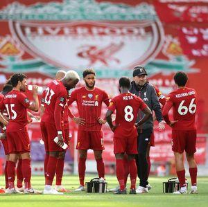 Liverpool Kehabisan Stok Jersey Replika Musim Ini