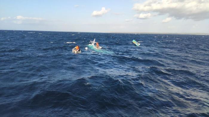 Lokasi Kapal Lampara Kasih 25 tenggelam di perairan NTT