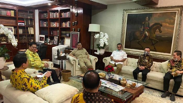 Momen pertemuan Prabowo Subianto dan Airlangga Hartarto yang digelar tertutup (Dok. Istimewa)