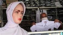 Pandemi COVID-19, Penjualan Seragam Sekolah Menurun
