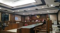 Kasus Suap Pajak Dealer Jaguar, 3 Pegawai PMA 3 DKI Divonis 3 dan 5 Tahun Bui