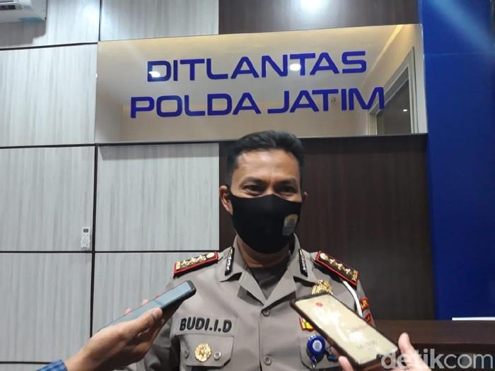 Polda Jawa Timur telah me-launching aplikasi berbasis web, Traffic Accident Claim System (TACS). Aplikasi ini akan memudahkan korban kecelakaan lalu lintas melakukan klaim asuransi hingga dapat lebih cepat ditangani di rumah sakit.