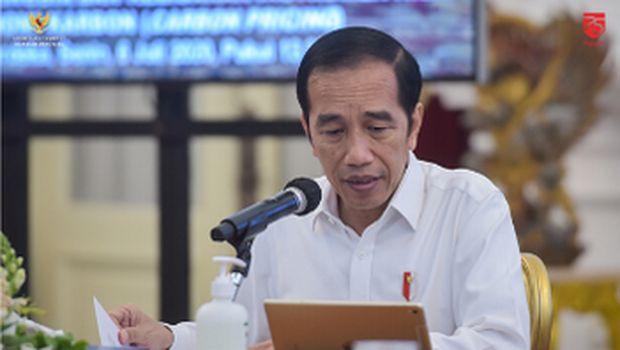 Presiden Joko Widodo & Wapres Ma'ruf Amin memimpin Rapat Terbatas