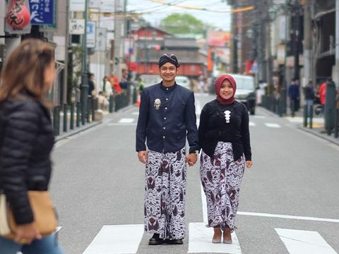 pakaian adat Jawa di Kyoto, Jepang
