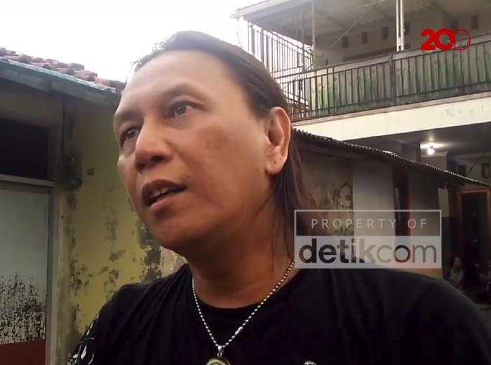 Roy Jeconiah meluncurkan single berjudul 3 Hari dan persiapkan konser virtual