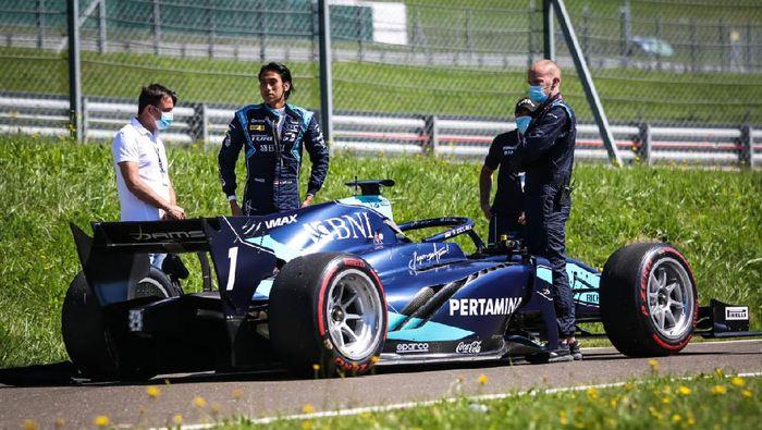 Sean Gelael gagal finis di race 2 F2 Austria, Minggu (6/7/2020) karena masalah mesin