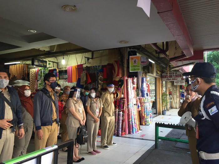 ASN Keliling di Pasar Kebayoran Lama